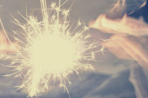 fireworks-fun-magic-photography-sparklers-sparkles-Favim.com-55717